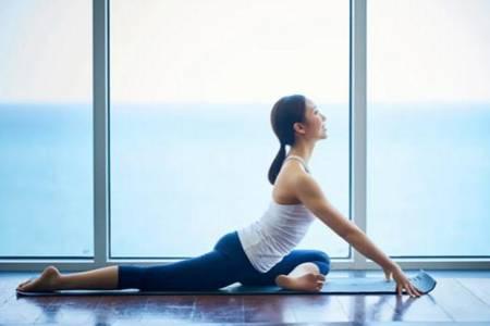 怎样练瑜伽才能达到减肥的目的 瑜伽的好处及作用介绍