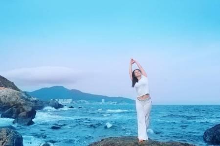 什么是脊柱侧弯 女人练习瑜伽有什么好处