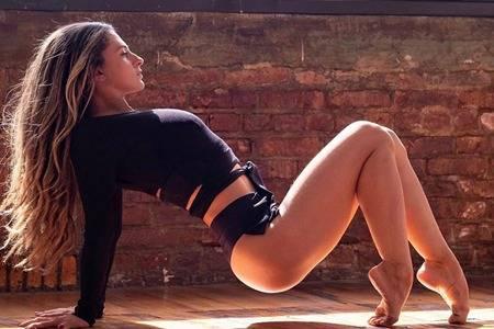 女人为什么一定要练瑜伽 长期练习瑜伽对女性有什么好处