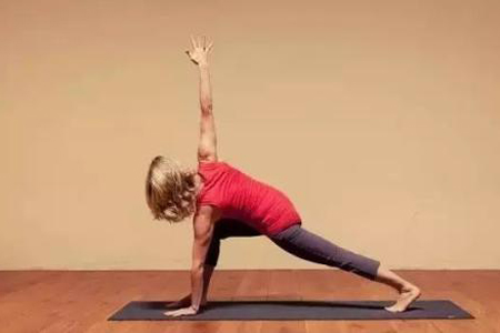 做这三个瑜伽,肠道毒素快速清理