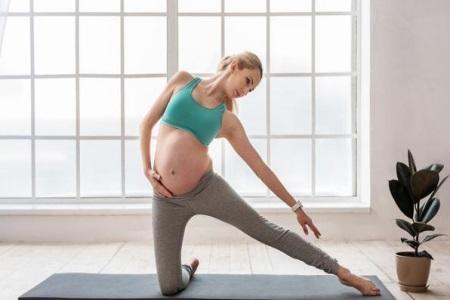 孕妇练习瑜伽有什么好处,孕妇做瑜伽需要注意这些方面
