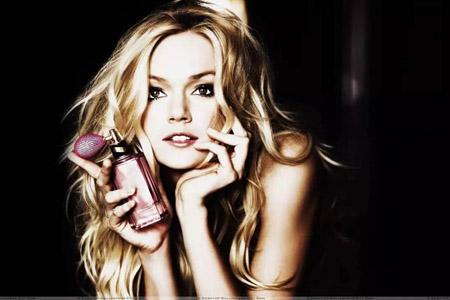 不同季节使用不同香水,轻松做个典雅精致的女人