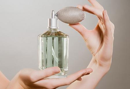 怎么使用香水最为合适,你用对了吗?