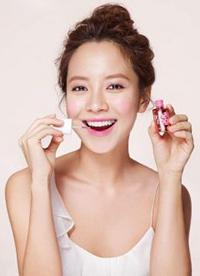 """秋冬如何让自己""""与众不同"""" 看韩女星的时尚妆容"""