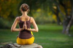 古印度瑜伽入门法 减肥养颜两不误