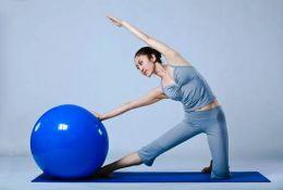 6式瑜伽瘦腿小动作 还你一双修长大美腿