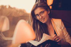 治疗老花眼的新方法 6招教你如何预防老花眼