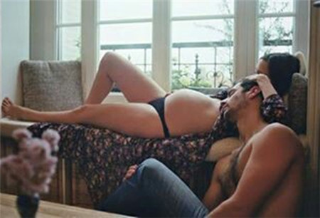 怀孕时老公要爱爱怎么办  口爱+飞机杯 帮男人打出性高潮
