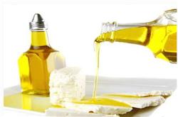 丁香油是什么 具有温中降逆 散寒止痛功效