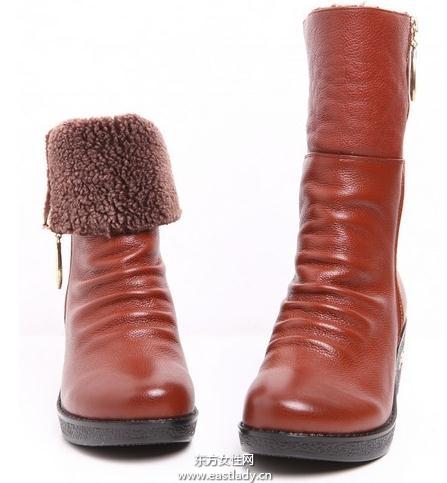 2012新款雪地靴爱美女士冬季必备单品