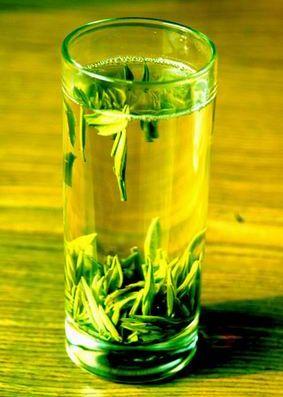 绿茶的功效与作用 减肥降低血压及胆固醇